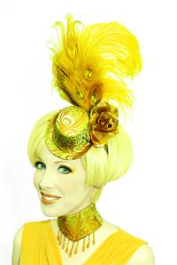 Freyja-Hat-Neckpiece-blog