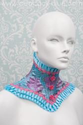 Leda-Neckpiece-Blue-Flora1